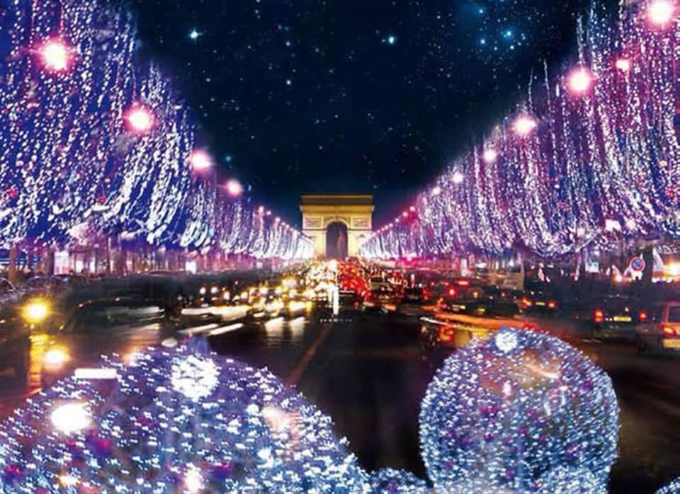 Paris Weihnachtsmarkt.Weihnachtsmarkt Paris Tagesfahrt Travego Tours